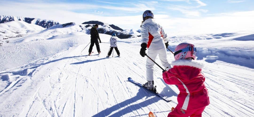 Peyragudes : -40% sur les location de skis en ligne.